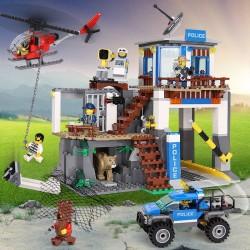 Конструктор 82071 KING&QUEEN Полицейский участок в горах (бывший Lepin 02097), аналог Lego City 60174