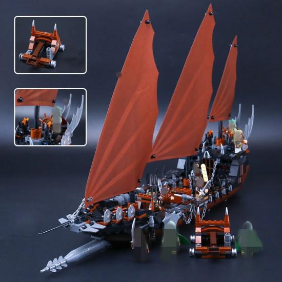Конструктор Lepin 16018 Атака на пиратский корабль копия Lego 79008 Lord of the Rings