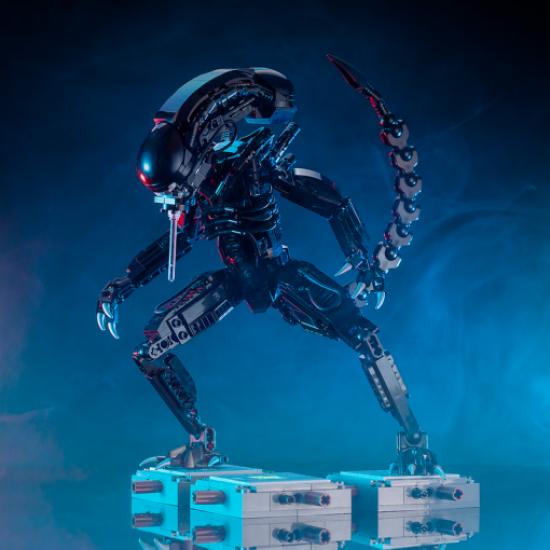 Конструктор 83040 Чужой / Alien Xenomorph Monster